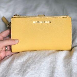 Michael Kors Double Zipper Wallet (Dusty Daisy)